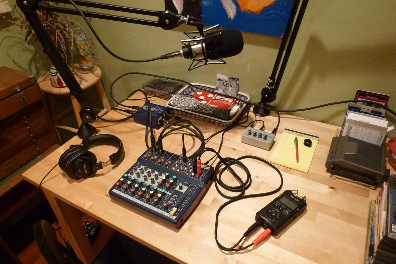 THIS IS NOT A TEST Podcast - Leaving the terminal - kitchen table studio
